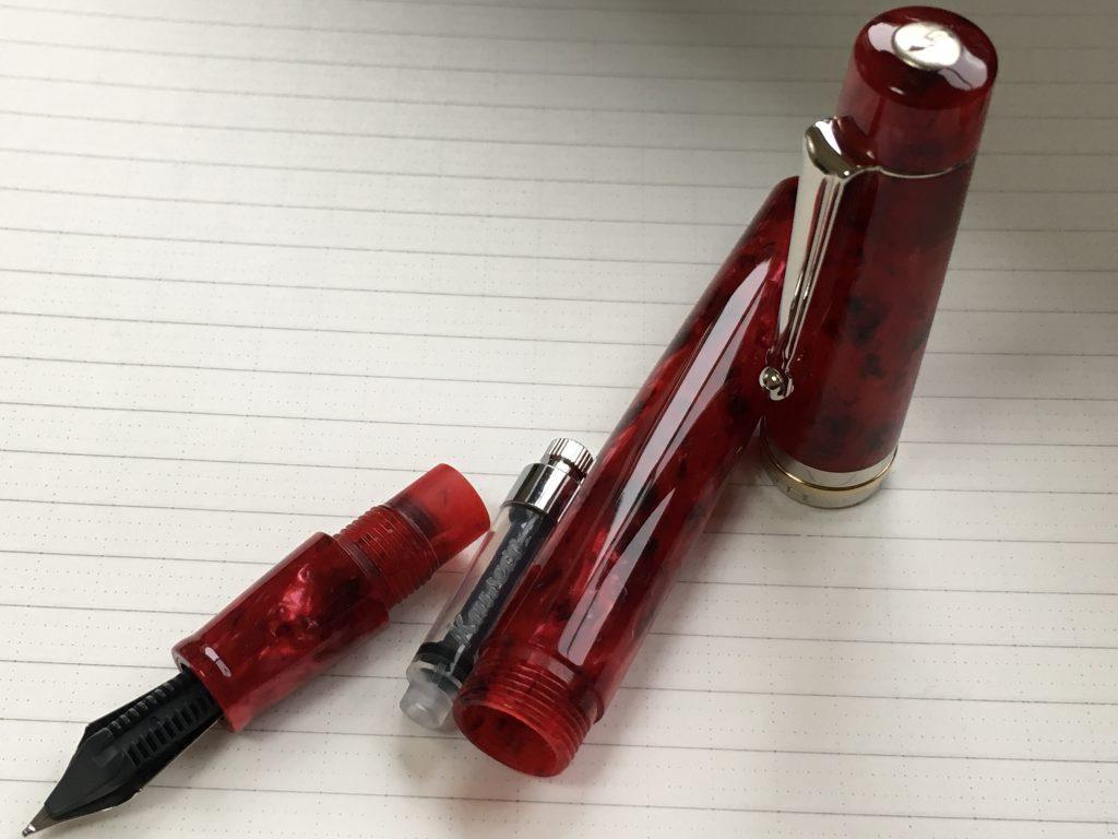 デルタ万年筆ビンテージにkaweco(カヴェコ)コンバータの穴調整して無理やり挿入